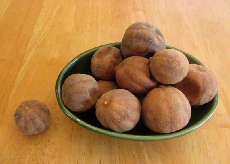 لیمو عمانی موجود در غذا را بخوریم یا نخوریم؟