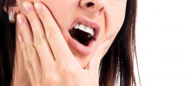 با روش های خانگی ساده عفونت دندانمان را از بین ببریم