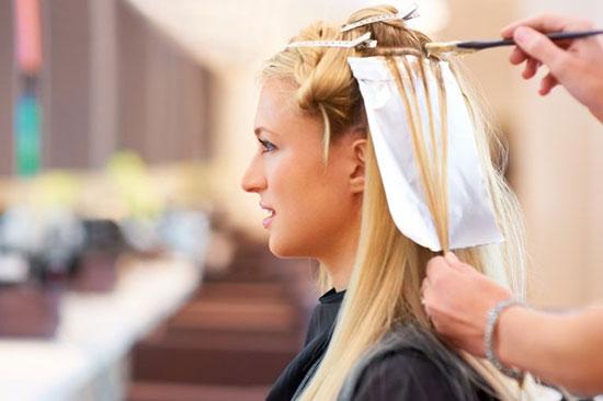 رنگ کردن مو به روش حرفه ای ها {hendevaneh.com}{سایتهندوانه}رنگ کردن مو به روش حرفه ایها - 226552 545 - رنگ کردن مو به روش حرفه ایها
