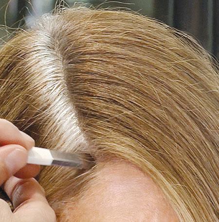 رنگ کردن مو به روش حرفه ای ها {hendevaneh.com}{سایتهندوانه}رنگ کردن مو به روش حرفه ایها - 226554 301 - رنگ کردن مو به روش حرفه ایها