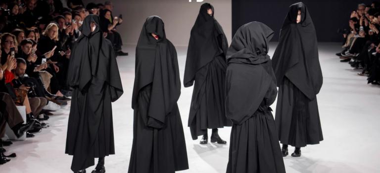 ماجرای مدل های پوشیده و جنجالی زنان +عکس