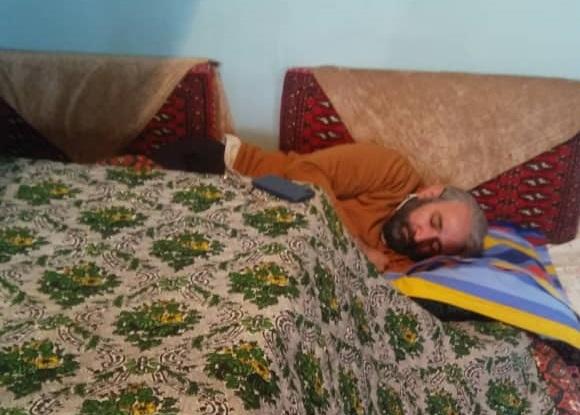 خواب عمیق بازیگر سریال نوروزی از خستگی +عکس