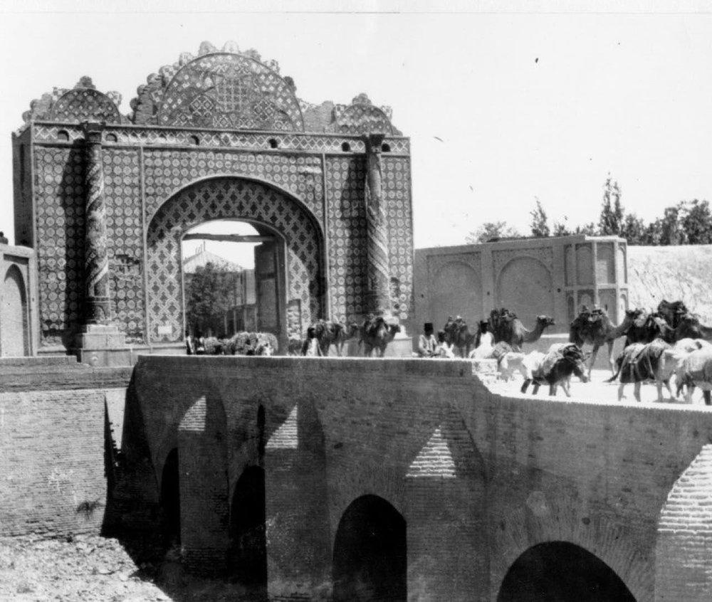 دروازه دولت؛ ۱۱۲ سال قبل+عکس