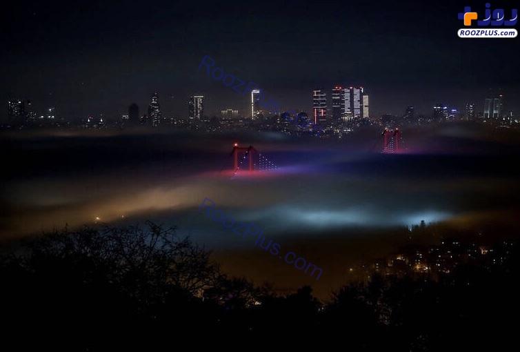 مه غلیظ در استانبول +عکس