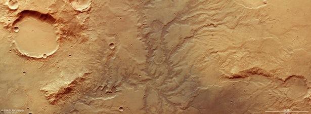 کشف ردی از رودخانهها بر سطح مریخ +عکس