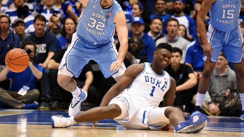 پاره شدن کفش بسکتبالیست، باعث سقوط سهام نایک شد +عکس