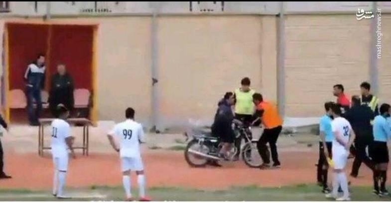 جیمی جامپ موتورسوار در لیگ ایران+عکس