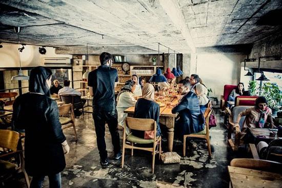 کافه نشینی جوانان دهه ۶۰ و ۷۰ برای فرار از خانه؟!