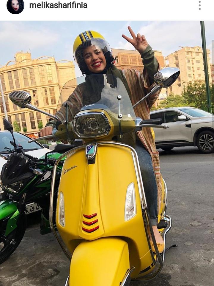 موتورسواری خانم بازیگر در خیابان +عکس