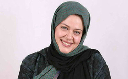 خانم بازیگر جنجالی که تا بحال ۱۰ کتاب نوشته +عکس