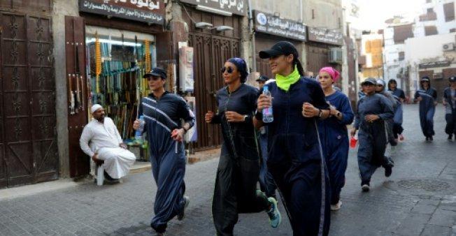 پوشش جالب زنان سعودی برای ورزش+عکس