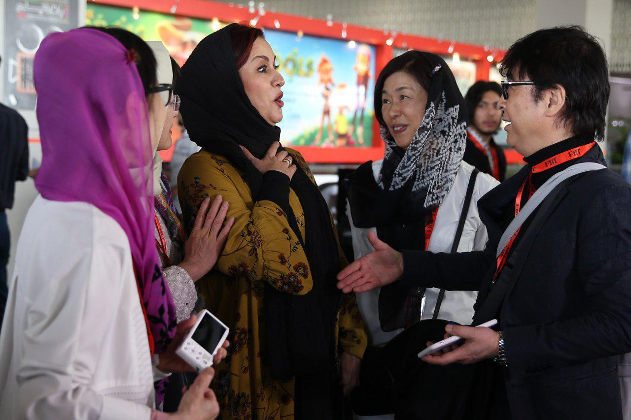 دست ندادن مریلا زارعی با مرد چینی سوژه شد+عکس