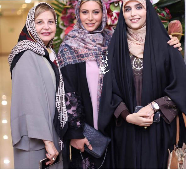 مجری معروف تلویزیون در سالن زیبایی + عکس
