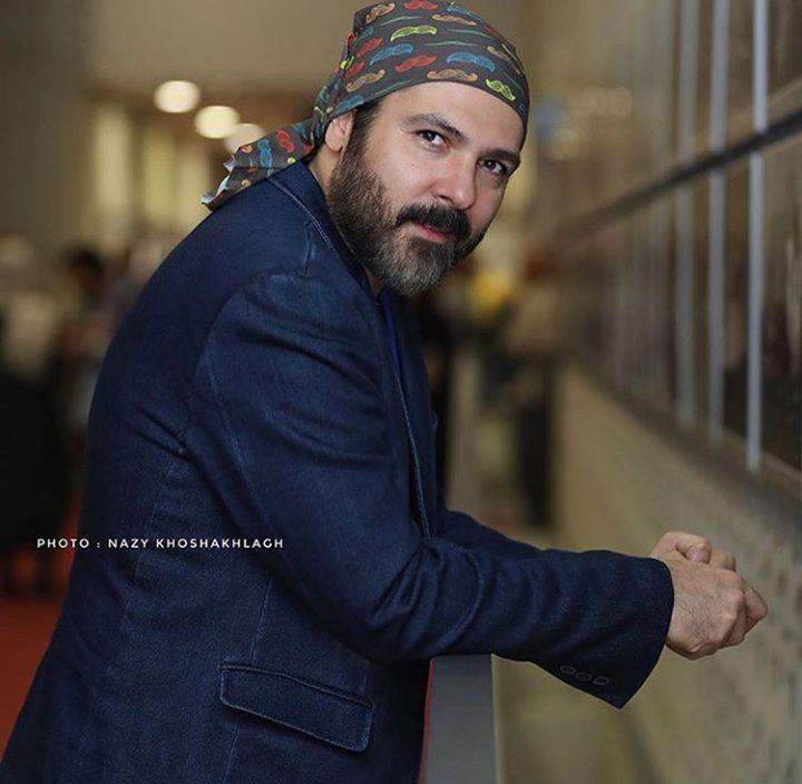 پوشش عجیب آقای بازیگر در جشنواره جهانی فجر