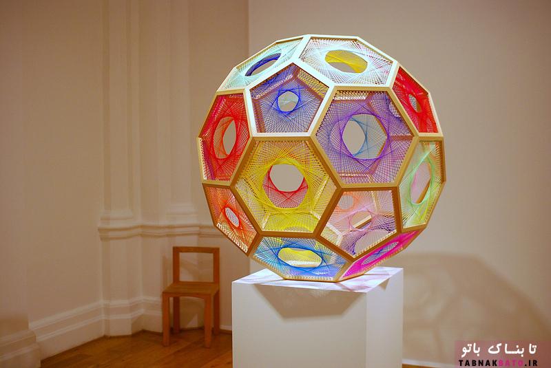 هنر سه بعدی با توپ های رشته ای