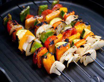 کباب سبزیجات یونانی مخصوص گیاهخواران