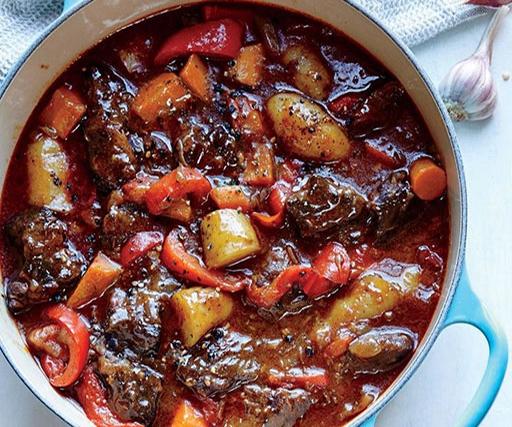 خوراک مجارستانی؛ غذایی کامل و سرشار از پروتئین