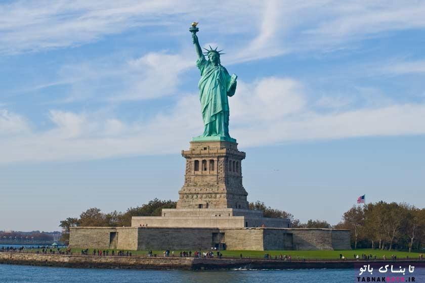 مجسّمه آزادیِ آمریکا از دیدِ شاهزاده