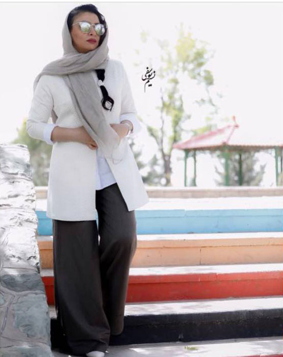 شلوار عجیب همسر بازیگر ایرانی سوژه شد +عکس