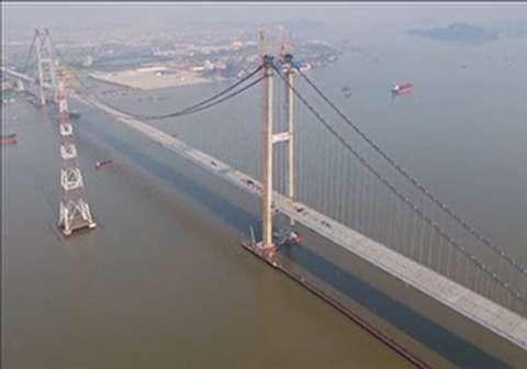 ساخت طولانیترین پل معلق جهان در چین