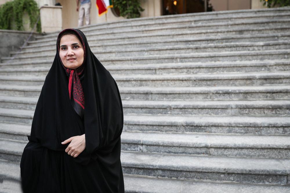 زن حاضر در تیم مذاکره کننده ایران، کیست؟
