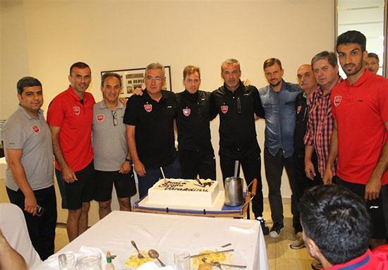 تقدیر بازیکنان پرسپولیس از برانکو +عکس