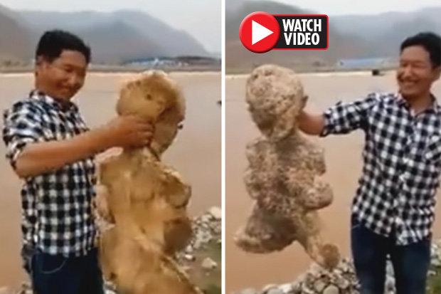 پیدا شدن موجود انسان نمای عجیب در سواحل چین+عکس