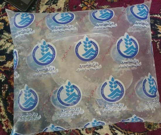توزیع آب بسته بندی شده در خوزستان +عکس