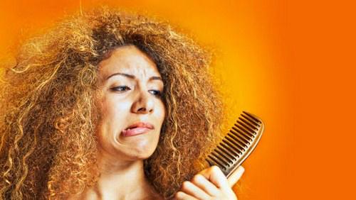 همه نکات و ترفندهایی که باید درباره مراقبت از موهای فر بدانید