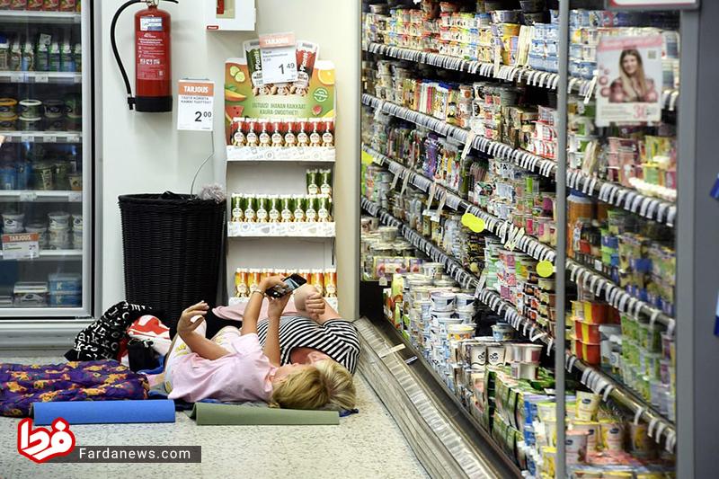 اقدام جالب یک فروشگاه اروپایی برای زنان گرمازده+عکس
