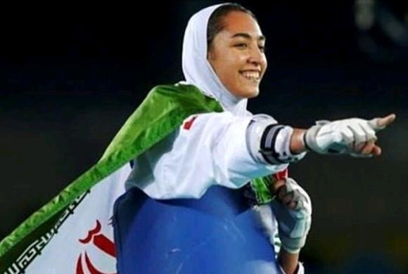 لباس های وزیر ارتباطات در مراسم دلجویی از کیمیا علیزاده جنجالی شد