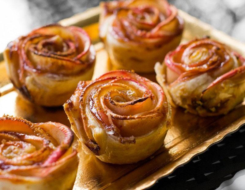 شیرینی به شکل گل رز درست کنید