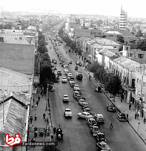 رسم عجیب پارک کردن در تهران قدیم +عکس