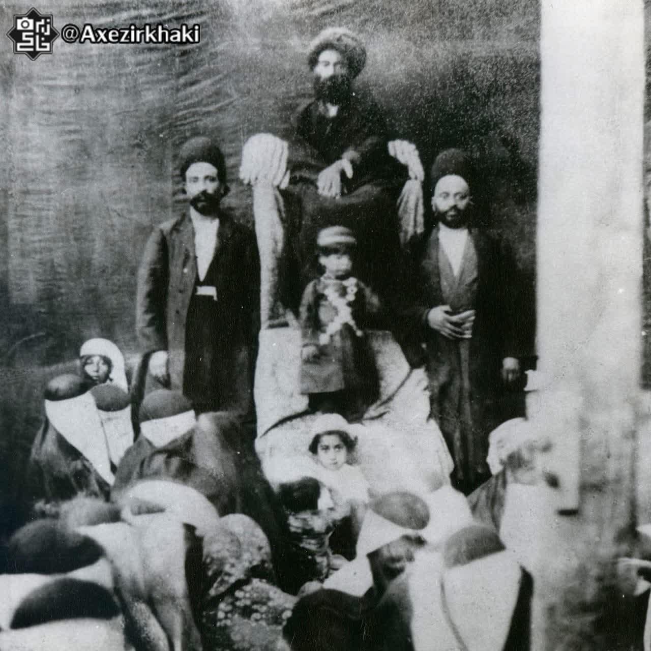 تصویر کمیاب از احمد شاه قاجار در مجلس عزاداری