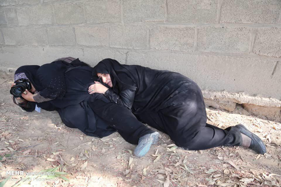 رفتار حرفه ای خانم عکاس در حمله تروریستی اهواز+عکس