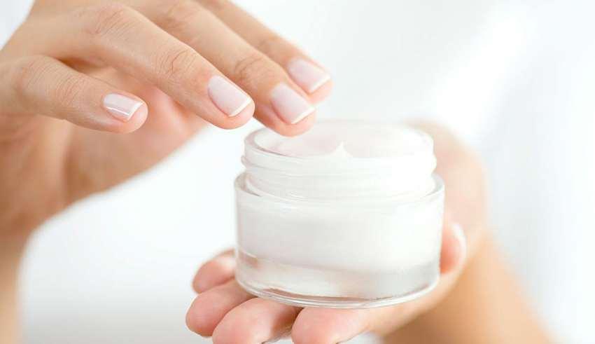 لوسیون طبیعی و مناسب پوست خود را در خانه بسازید