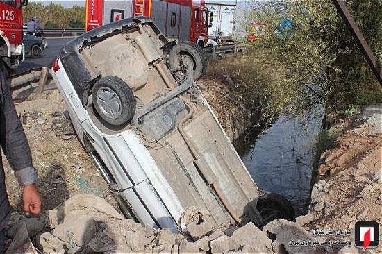 سقوط پراید به کانال آب در جاده ورامین +عکس