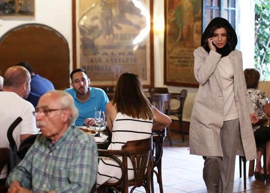 تیپ جدید لیلا حاتمی در رستورانی در اسپانیا +عکس