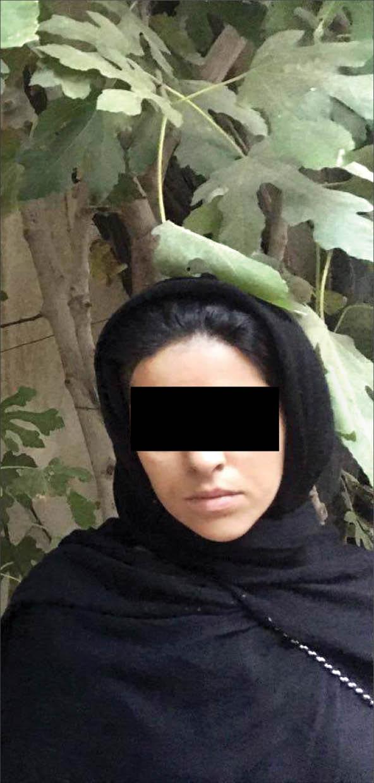 زن مشهدی ۱۶ روز در محل دفن شوهرش زندگی کرد +تصاویر