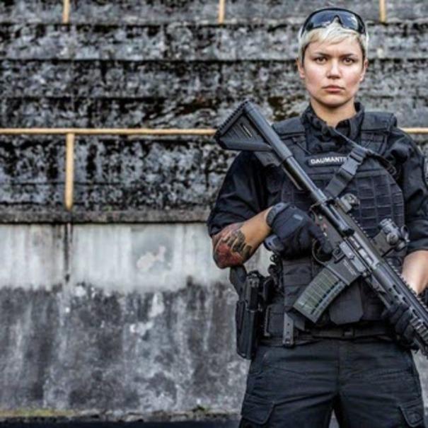 محافظ شخصی زن رئیس جمهور سوژه شبکه های اجتماعی + عکس