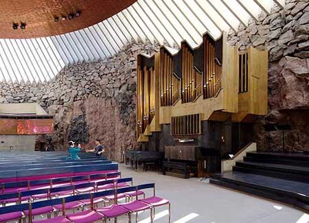 کلیسای تمپلیاکیو فنلاند، کلیسایی که همه را میخکوب می کند