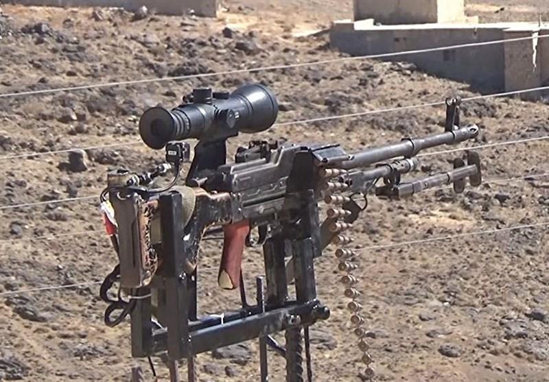مرد سوری برای دفاع از روستایش مسلسل خودکار ساخت+عکس