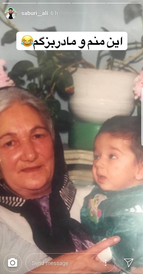 عکسی از کودکی برنده «خندانندهشو» در کنار مادر بزرگش