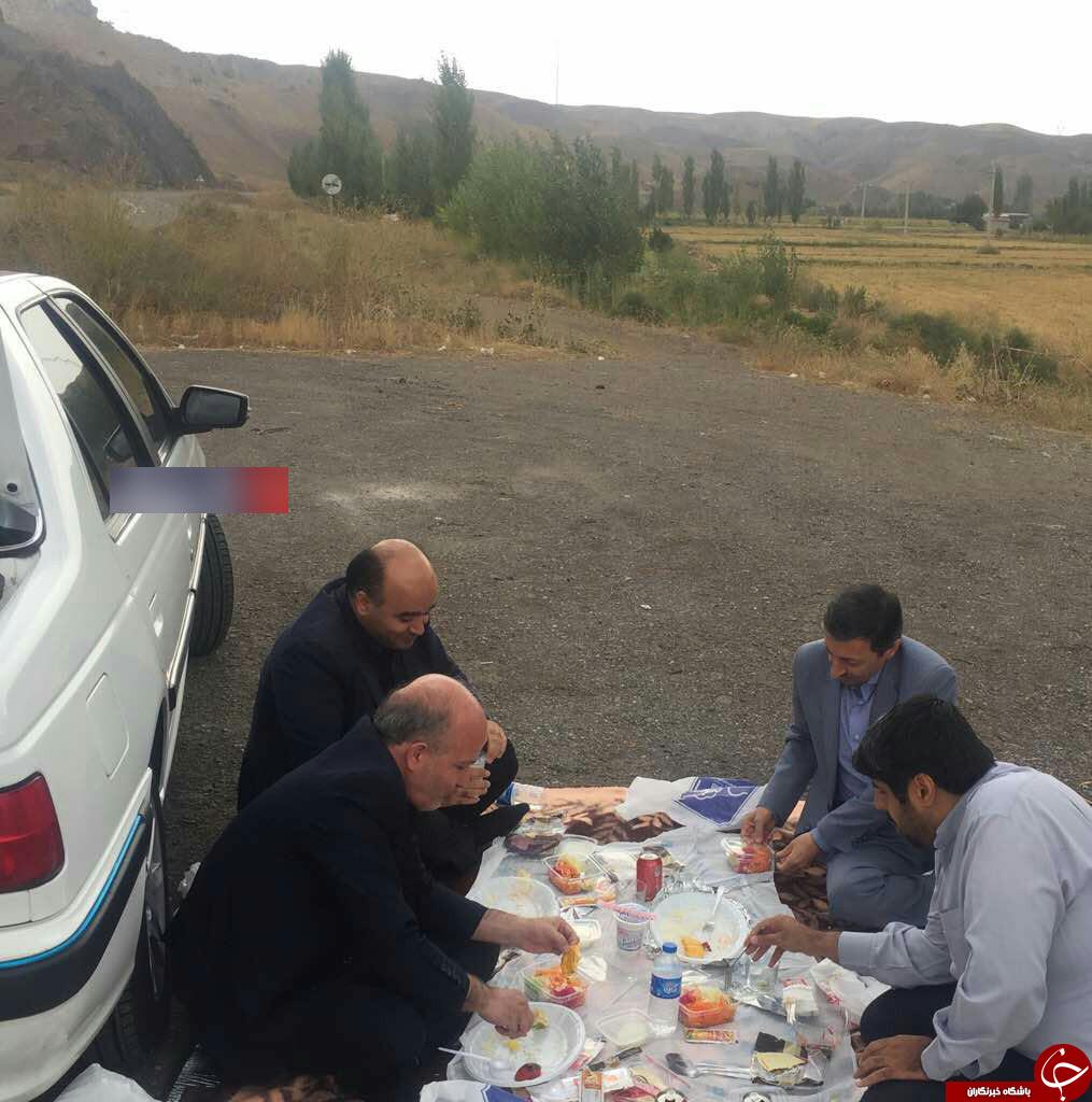 ناهارخوردن رئیس کمیته امداد در کنار جاده+عکس