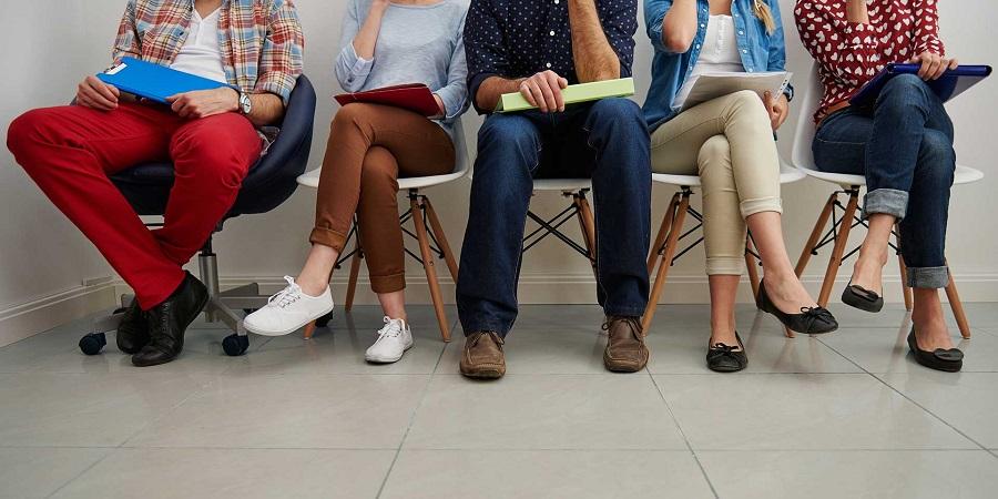 شکل نشستن ما چه نکاتی را درباره شخصیت ما آشکار می کند؟