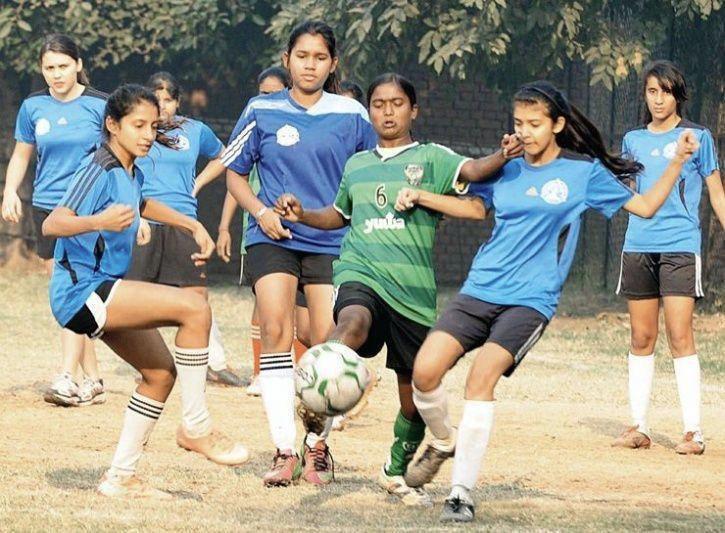 روستایی در هند که قطب «فوتبال زنان» شد