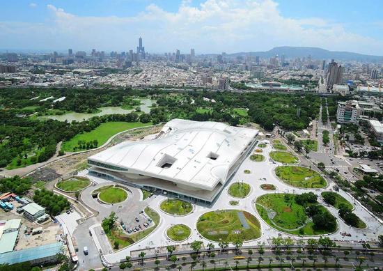 بزرگترین مجموعه هنری جهان افتتاح شد+عکس