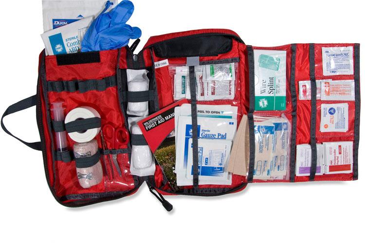 برای نجات جان خود این 8 وسیله را همیشه در کیف خود داشته باشید