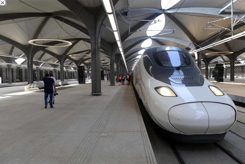 افتتاح قطار لاکچری مکه به مدینه +عکس