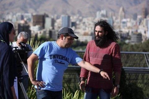 رضا یزدانی خواننده خیابانی شد +عکس